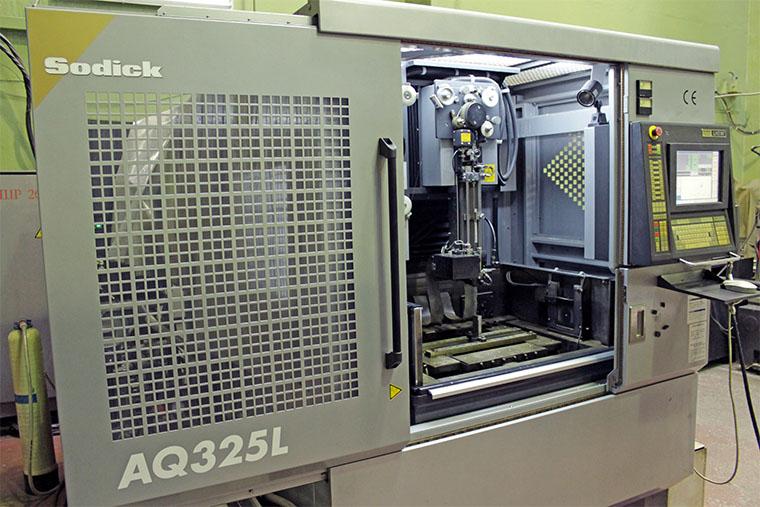 Электроэрозионный станок Sodick AQ325L